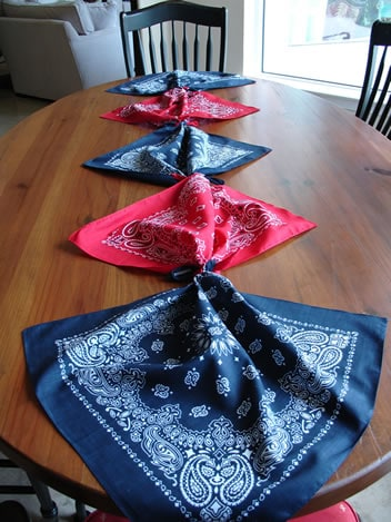 Banadana table runner glamper lifeglamper life for Decoration 4 life