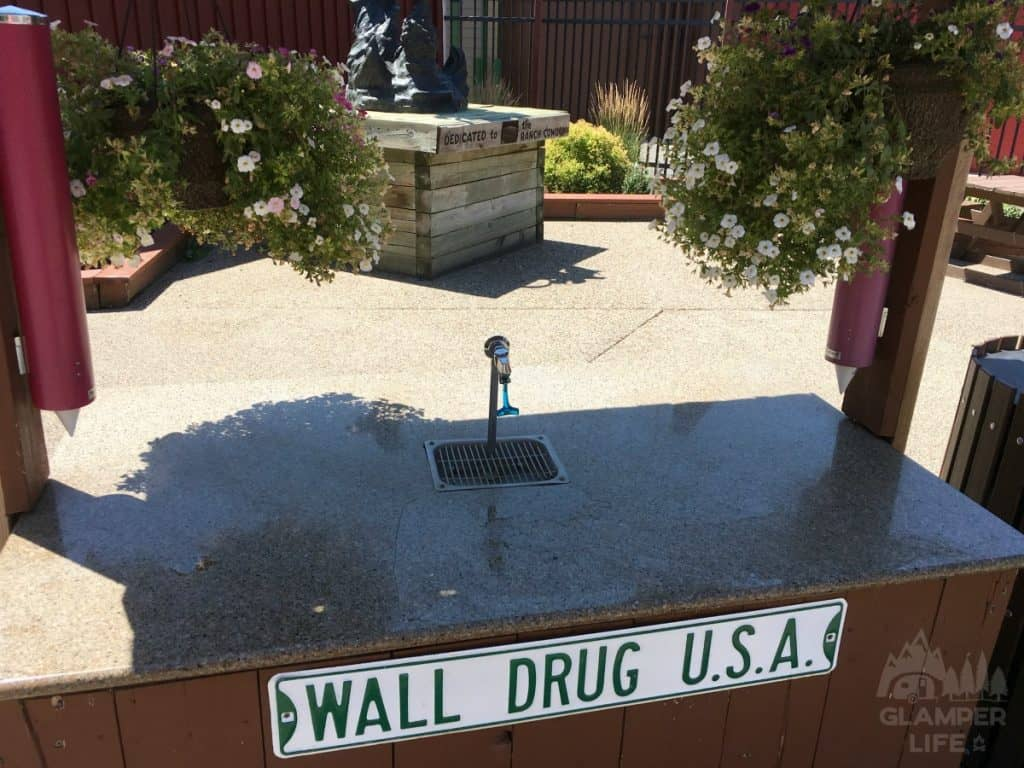 Wall Drug Free Ice Water