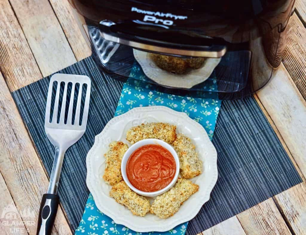 Air Fryer Mozzarella Sticks Plated