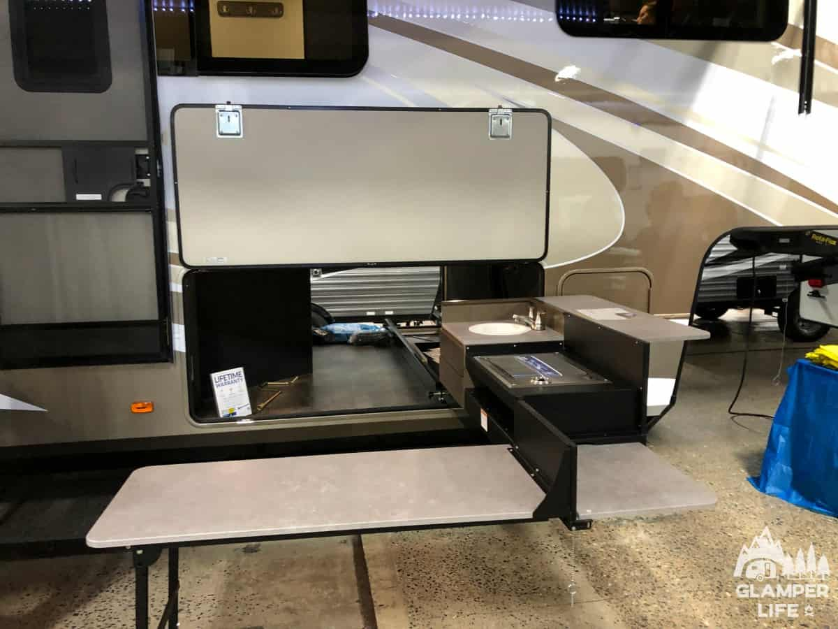 RV outdoor kitchen a
