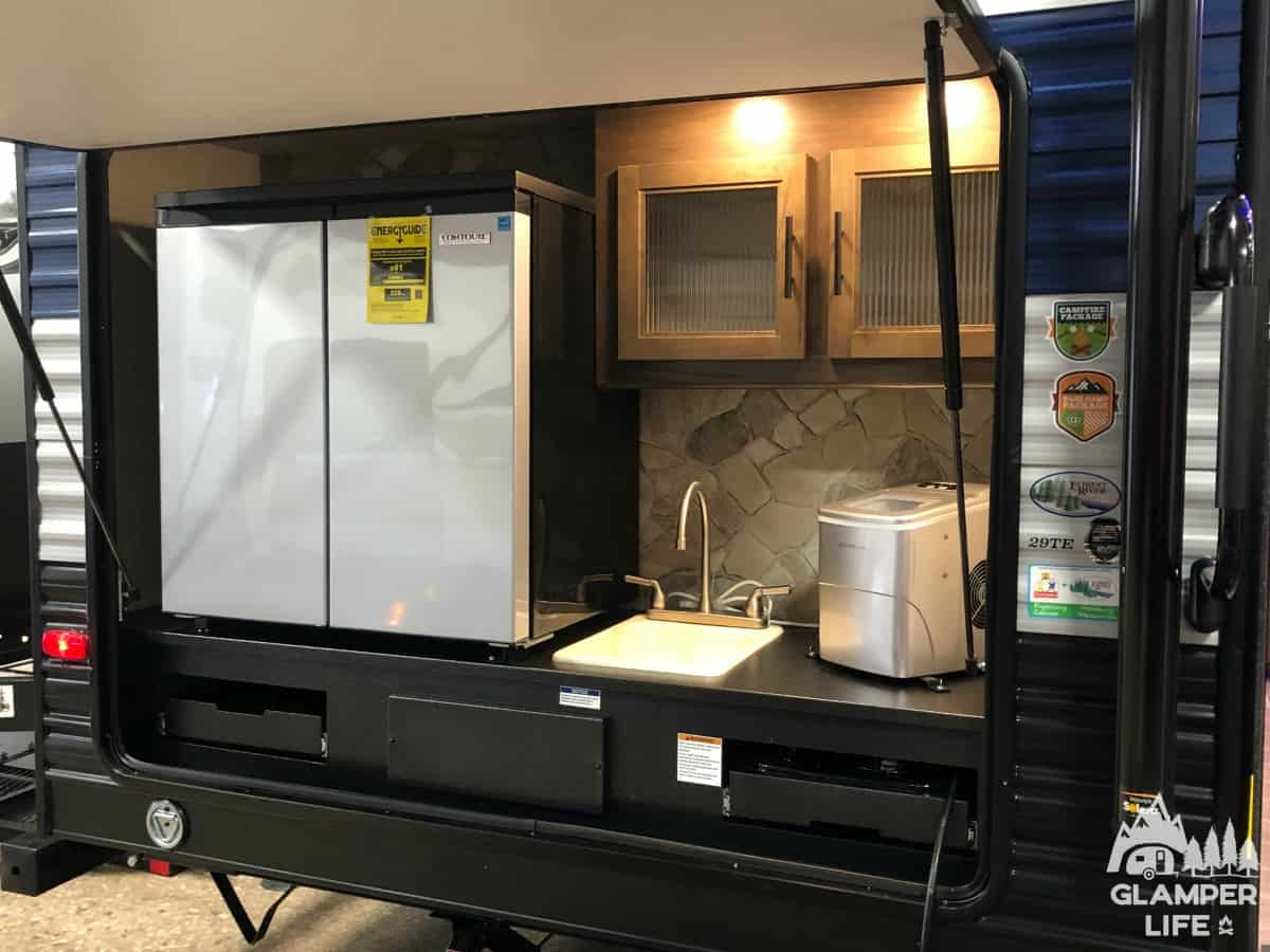 RV outdoor kitchen b